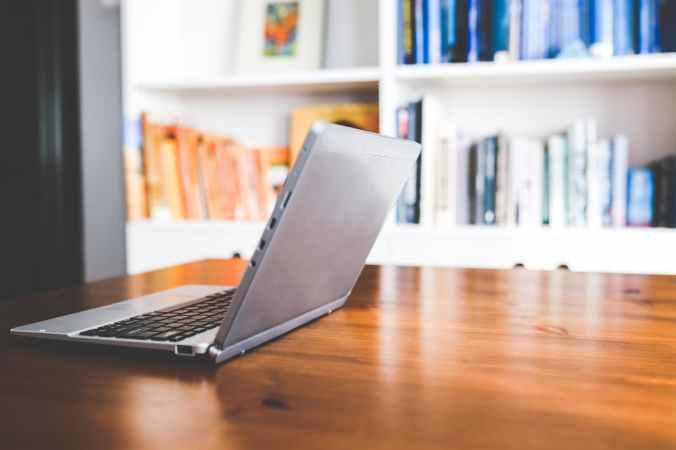 desk-laptop-working-technology.jpg